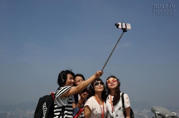 Chụp ảnh tự sướng với smartphone