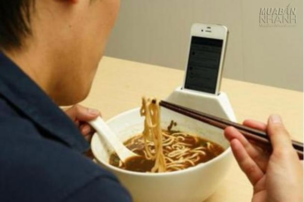 Ăn cũng smartphone