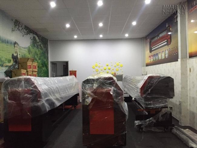 Khu vực trưng bày máy in của MayInQuangCao.com