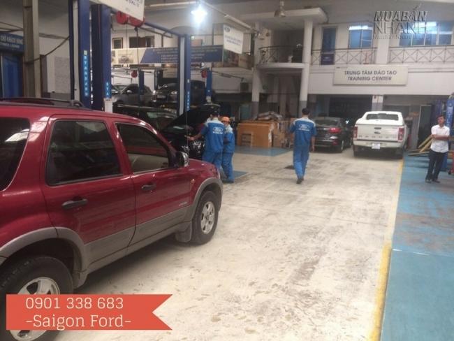 Đội ngũ kỹ thuật viên tay nghề cao, am hiểu tường tận các dòng xe Ford, chuyên nghiệp sẽ bảo dưỡng xe Ford của bạn luôn hoạt động tốt, đảm bảo an toàn trên mọi nẻo đường.