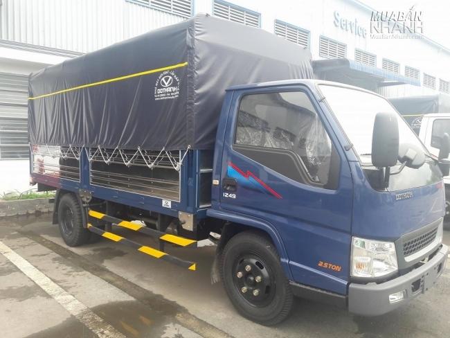 Hyundai IZ49 thùng bạt